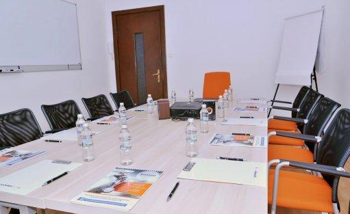 Centrum szkoleniowo-konferencyjne Meeting Room / 3