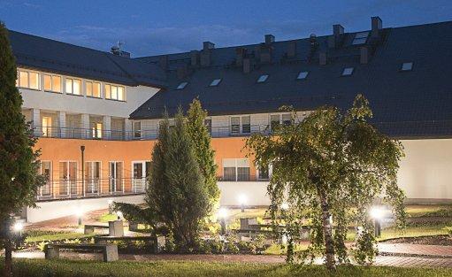 Centrum szkoleniowo-konferencyjne Centrum Edukacyjne w Wólce Milanowskiej / 1
