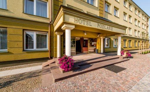 Hotel ** Hotel Podlasie / 0