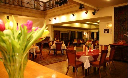 Hotel *** Hotel Karolinka / 21