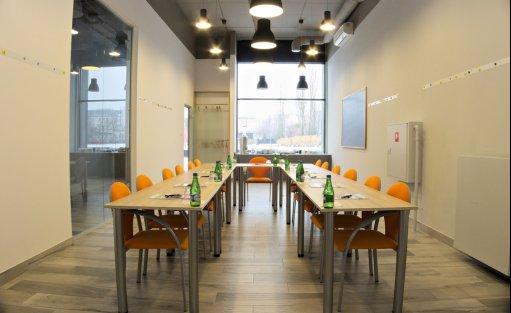 Centrum szkoleniowo-konferencyjne Polska Platforma Szkoleniowa / 1