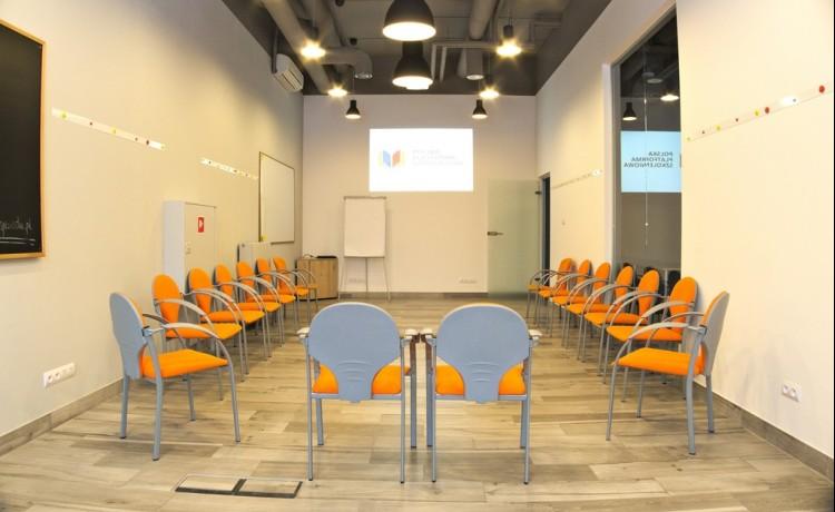 Centrum szkoleniowo-konferencyjne Polska Platforma Szkoleniowa / 2