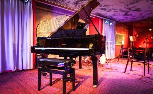 Wyjątkowe miejsce Vertigo Jazz Club & Restaurant / 7