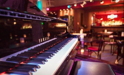 Wyjątkowe miejsce Vertigo Jazz Club & Restaurant / 3