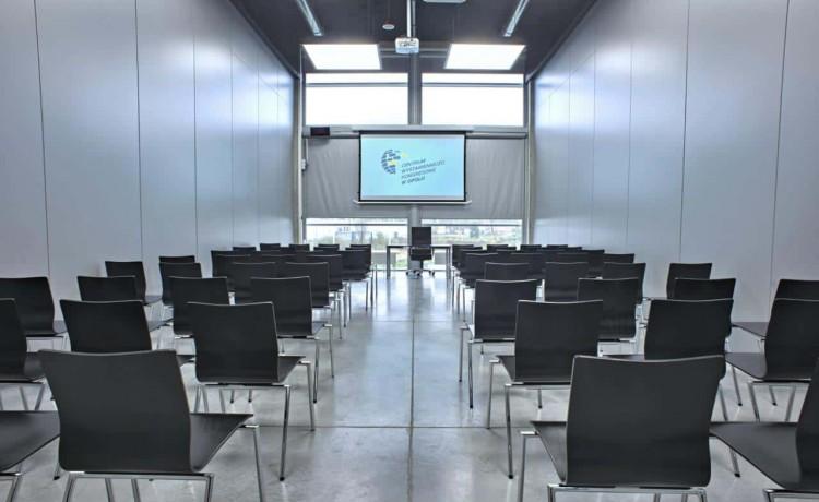 Centrum szkoleniowo-konferencyjne Centrum Wystawienniczo - Kongresowe w Opolu / 16