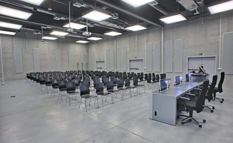 Centrum szkoleniowo-konferencyjne Centrum Wystawienniczo - Kongresowe w Opolu / 9