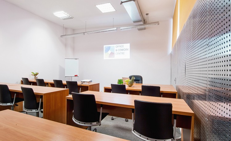 Centrum szkoleniowo-konferencyjne Office&Cowork Centre  / 1