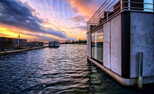 Wyjątkowe miejsce HT Houseboats / Domy na wodzie Mielno / 4