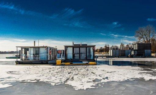 Wyjątkowe miejsce HT Houseboats / Domy na wodzie Mielno / 5