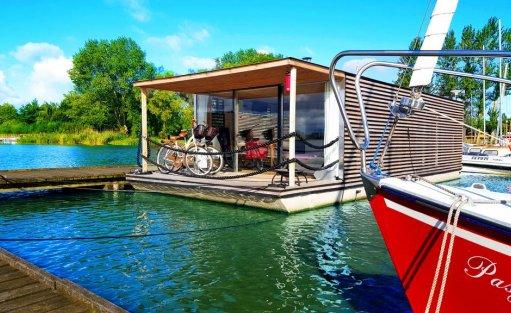 Wyjątkowe miejsce HT Houseboats / Domy na wodzie Mielno / 2