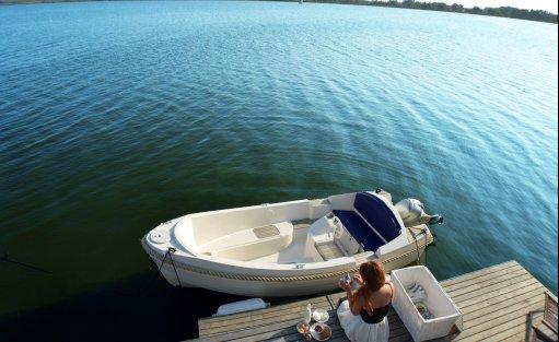 Wyjątkowe miejsce HT Houseboats / Domy na wodzie Mielno / 21