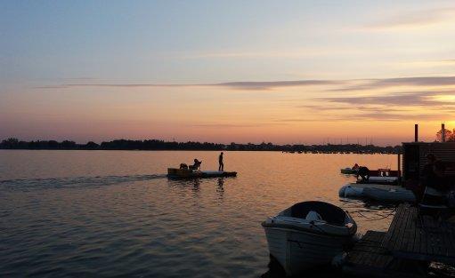 Wyjątkowe miejsce HT Houseboats / Domy na wodzie Mielno / 24