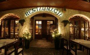 Hotel *** i Restauracja Dwa Księżyce Hotel *** / 1