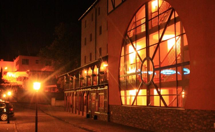 Hotel *** Hotel Zamkowy Młyn - Krapkowice / 8