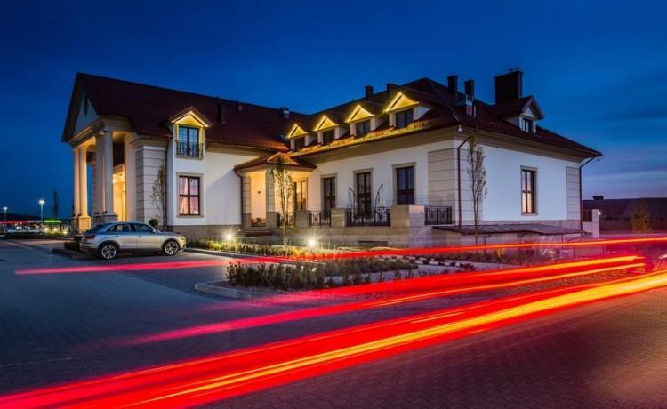 Pałac w Konarach