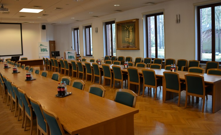 Centrum szkoleniowo-konferencyjne Centrum Konferencyjno-Wystawiennicze Instytutu Badawczego Leśnictwa / 6