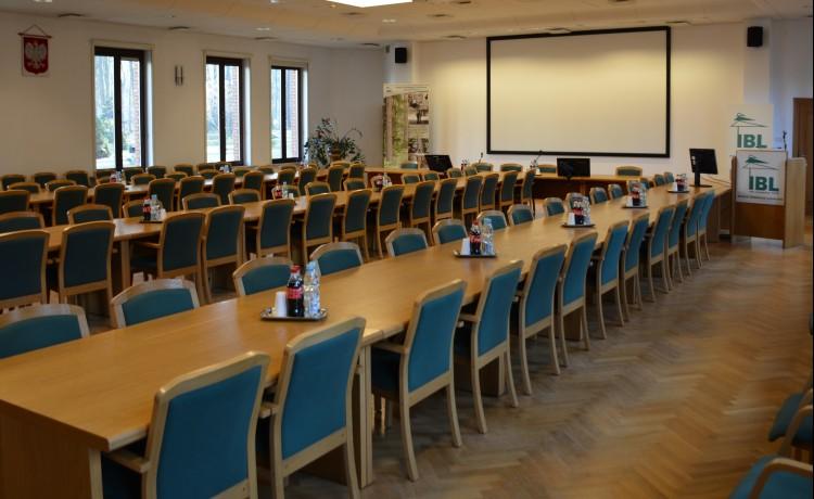 Centrum szkoleniowo-konferencyjne Centrum Konferencyjno-Wystawiennicze Instytutu Badawczego Leśnictwa / 7