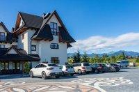 Limba Grand & Resort