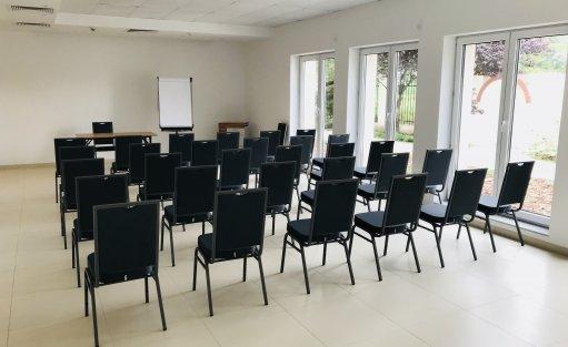 Centrum szkoleniowo-konferencyjne Centrum Promocji Zdrowia Falenty / 2
