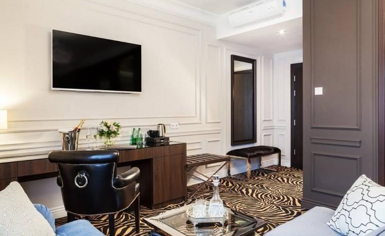 Hotel *** Hotel Mansor / 6