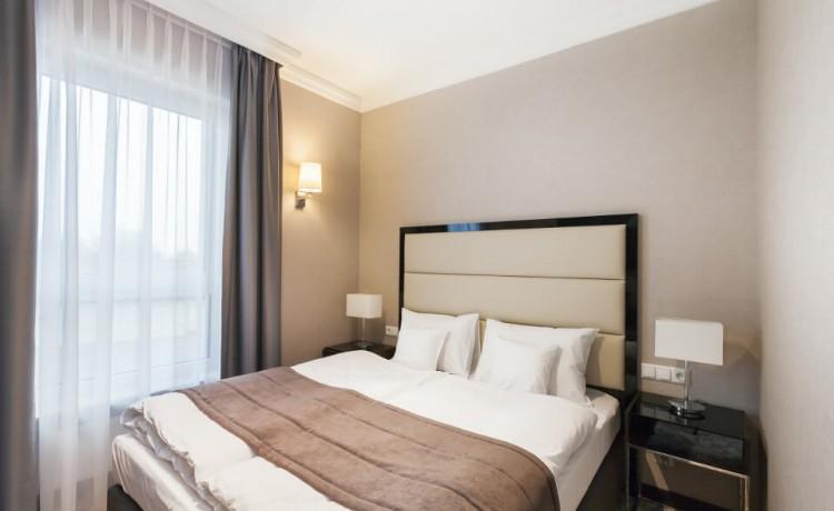 Hotel *** Hotel Mansor / 1