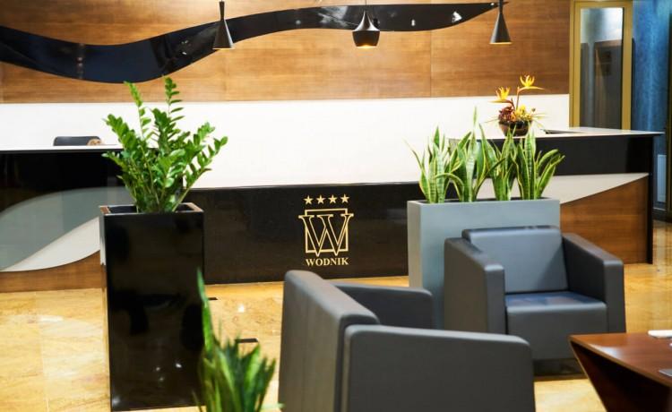 Hotel **** Hotel Restauracja Wodnik / 1