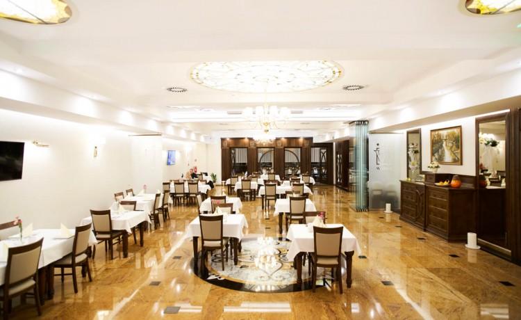 Hotel **** Hotel Restauracja Wodnik / 19