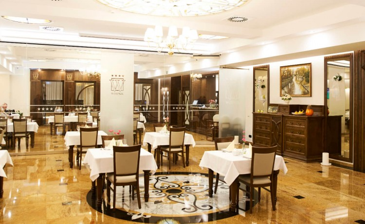 Hotel **** Hotel Restauracja Wodnik / 20
