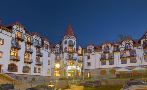 Hotel **** Hotel Buczyński Medical & Spa / 1