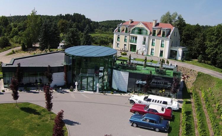 Obiekt szkoleniowo-wypoczynkowy Centrum Konferencyjno-Rekreacyjne Mercedes Club Mrągowo / 0