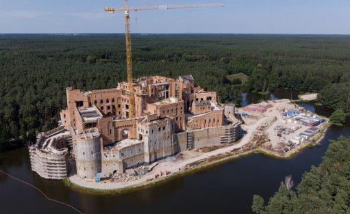 Zamek w Stobnicy