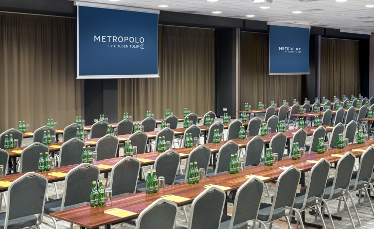 Hotel **** Metropolo by Golden Tulip / 4
