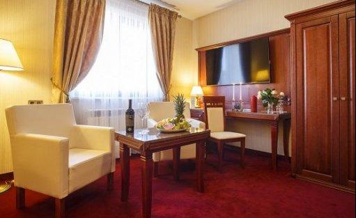 Hotel *** Hotel Restauracja Etiuda / 5