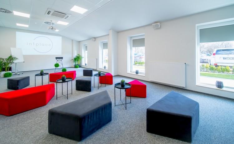 Centrum szkoleniowo-konferencyjne in1place / 1