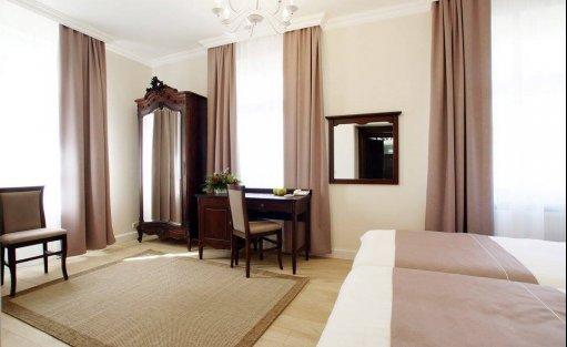 Villa Hotel Villa La Pierre  / 13