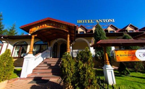 Hotel *** Hotel Antoni Wellness & Spa / 0