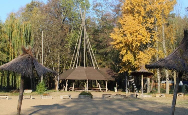 Ośrodek szkoleniowo- wypoczynkowy Centrum Wypoczynkowo - Konferencyjne Trzy Jeziora / 36