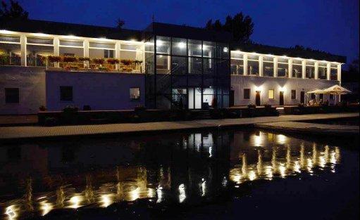 Ośrodek szkoleniowo- wypoczynkowy Ośrodek szkoleniowo-wypoczynkowy Portofino / 0