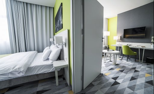 Hotel **** Hotel Metropolitan **** / 3
