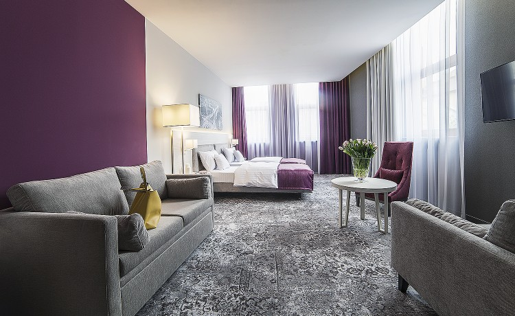 Hotel **** Hotel Metropolitan **** / 2