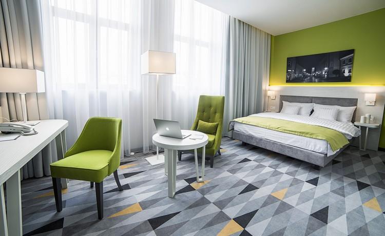 Hotel **** Hotel Metropolitan **** / 5
