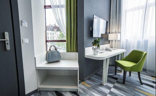 Hotel **** Hotel Metropolitan **** / 7