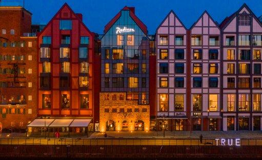 Hotel **** Radisson Hotel & Suites Gdańsk / 0