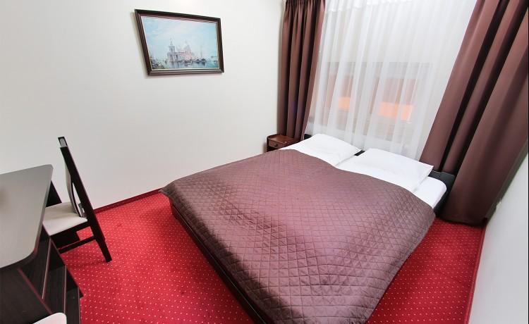 Hotel *** Restauracja & Hotel Graal *** / 5