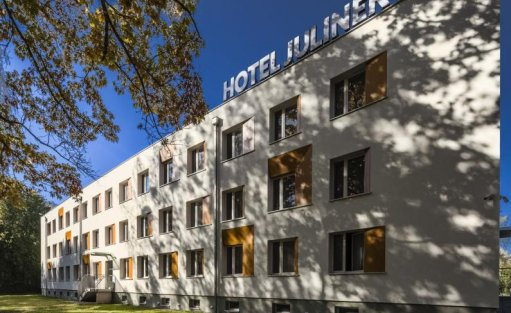 Hotel *** Hotel Julinek *** i Duża Arena / 1