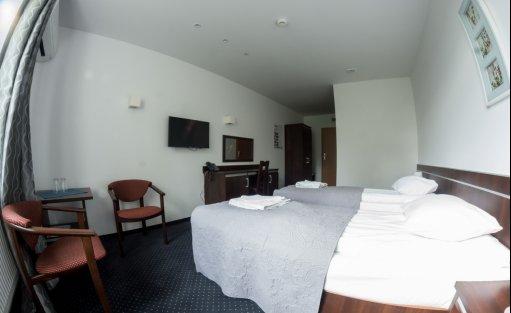 Hotel *** Hotel Eden *** / 7
