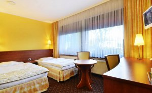Hotel Astra Hotel *** / 5