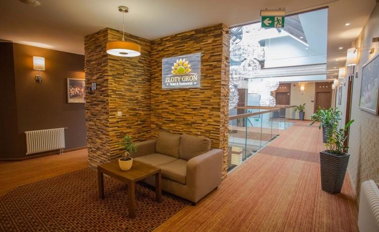 Hotel SPA Hotel & Restauracja ZŁOTY GROŃ / 2