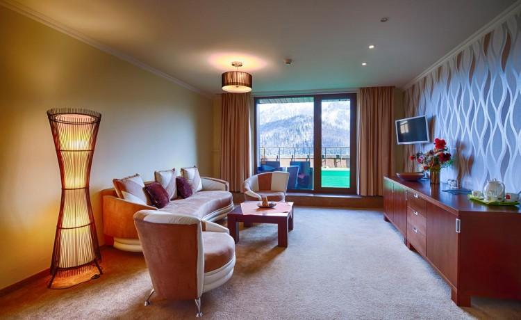 Hotel **** Hotel Montfort / 3