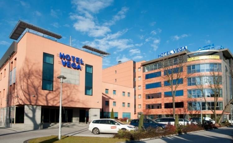 Hotel *** Hotel Vega Wrocław / 2